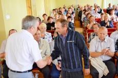 Глава Унинского района А.Н. Пантелеев вручил награды воинам-интернационалистам