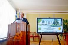 Депутаты районной Думы заслушали отчет главы Унинского района за 2014 год