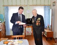 Глава района поздравил со 100-летним юбилеем Егорова Андрея Егоровича