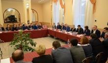 Глава Унинского района принял участие в выездном совещании в Белохолуницком районе