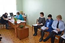 С очередного заседания комиссии по делам несовершеннолетних и защите их прав