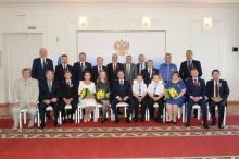 Многодетная семья из Лузы стала обладателем медали ордена «Родительская слава»