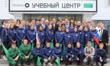 Игорь Комаров посетил УАЗ и Ульяновский межрегиональный центр компетенций