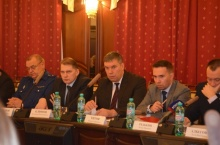 На координационном совещании Владимир Климов обсудил вопросы перехода и реализации в регионе новой системы управления отходами