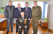 А.Е. Егорову вручена памятная медаль к 75-летию полного освобождения Ленинграда от блокады