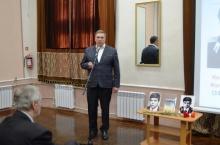 В гуманитарной гимназии презентовали книгу о выпускнике, погибшем в Афганистане