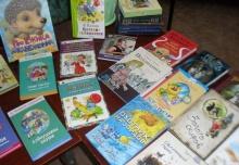 В Унинскую детскую библиотеку, благодаря помощи небезразличных людей, поступили новые книги