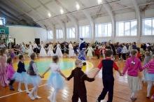 Глава района поздравила детей на межрайонной Рождественской елке