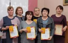 В Унинском городском поселении наградили победителей конкурса на лучшее новогоднее оформление 2020