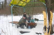 Жители с. Сардык совершили традиционный поход к роднику