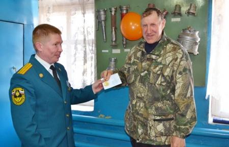 Глава района поздравил коллектив пожарной части с профессиональным праздником
