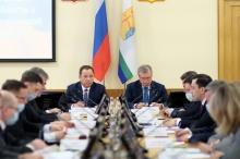 Игорь Комаров провел совещания по социально-экономическому и общественно-политическому развитию Кировской области