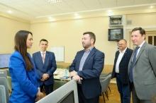 Буренков посетил ЦУР Пензенской области и провел совещание по вопросам информационной политики в регионе