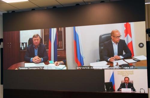 Игорь Комаров провел личный прием граждан, проживающих в ПФО